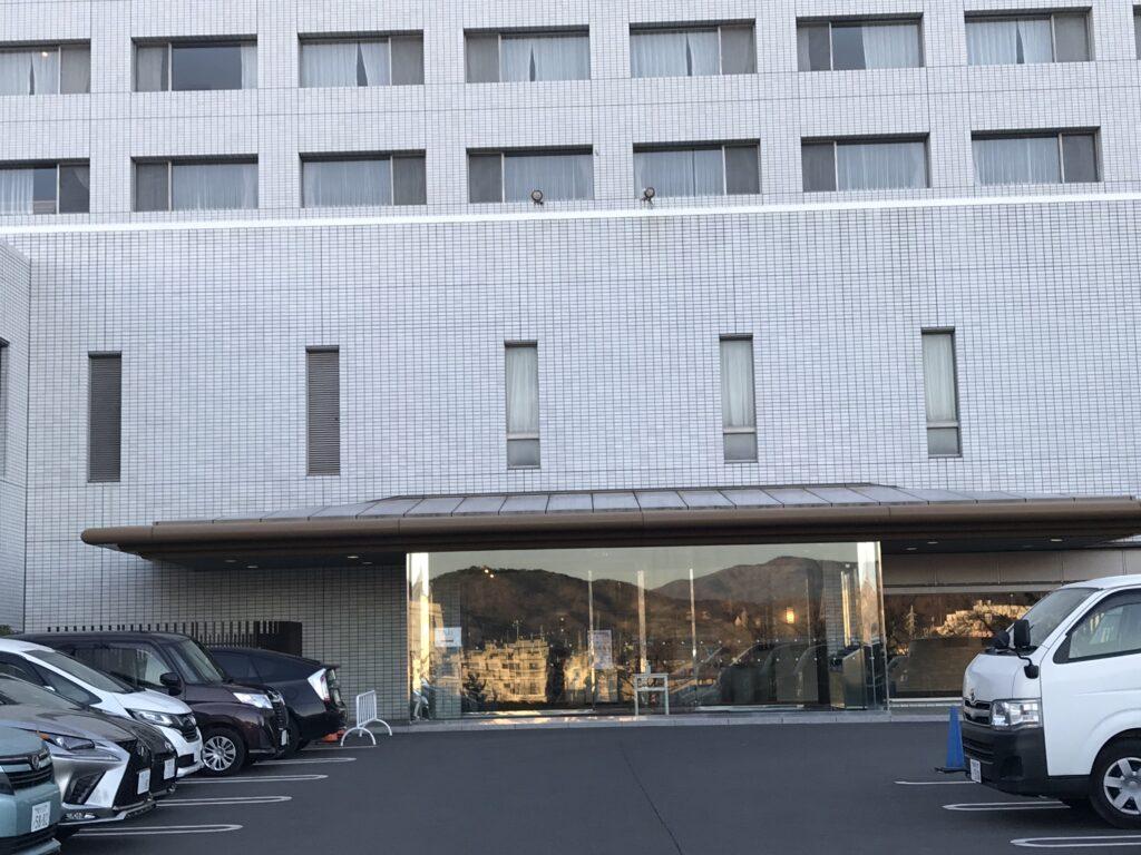 大磯プリンスホテルエントラス